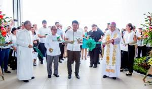 Ribbon Cutting Ceremony. (L-R) Br. Bernard S. Oca FSC, Br. Rey Suplido FSC, Hon. Mayor Maliksi and Bishop Evangelista D.D